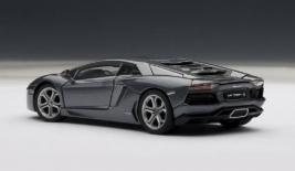 LAMBORGHINI Aventador LP700-4 (2011)