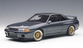 NISSAN Skyline GT-R R32 (1992)