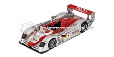 AUDI R8 Le Mans (2002)