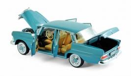 MERCEDES-BENZ 200 (1966)