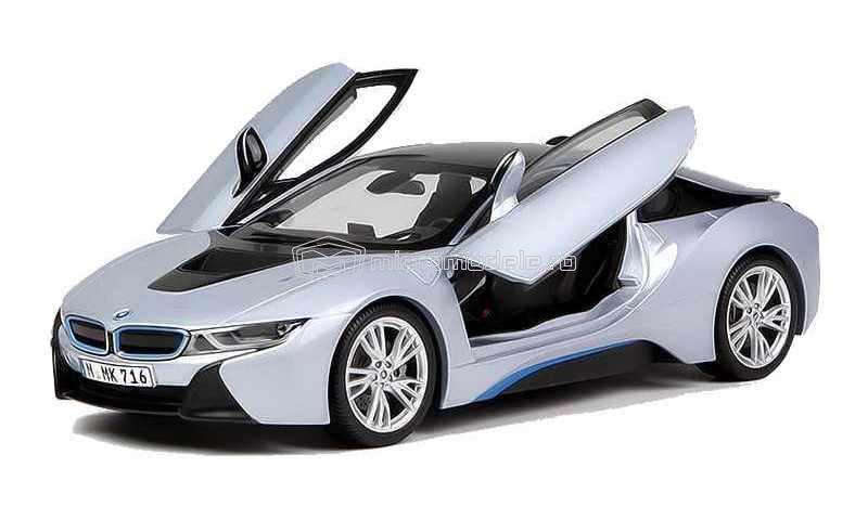 BMW i8 (2013)