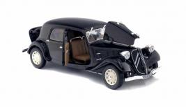 CITROEN Traction 11CV (1937)